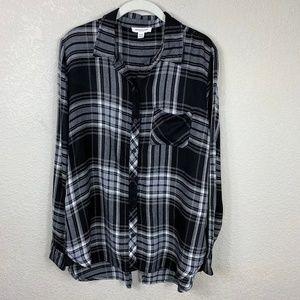 beachlunchlounge black/white plaid tunic shirt M